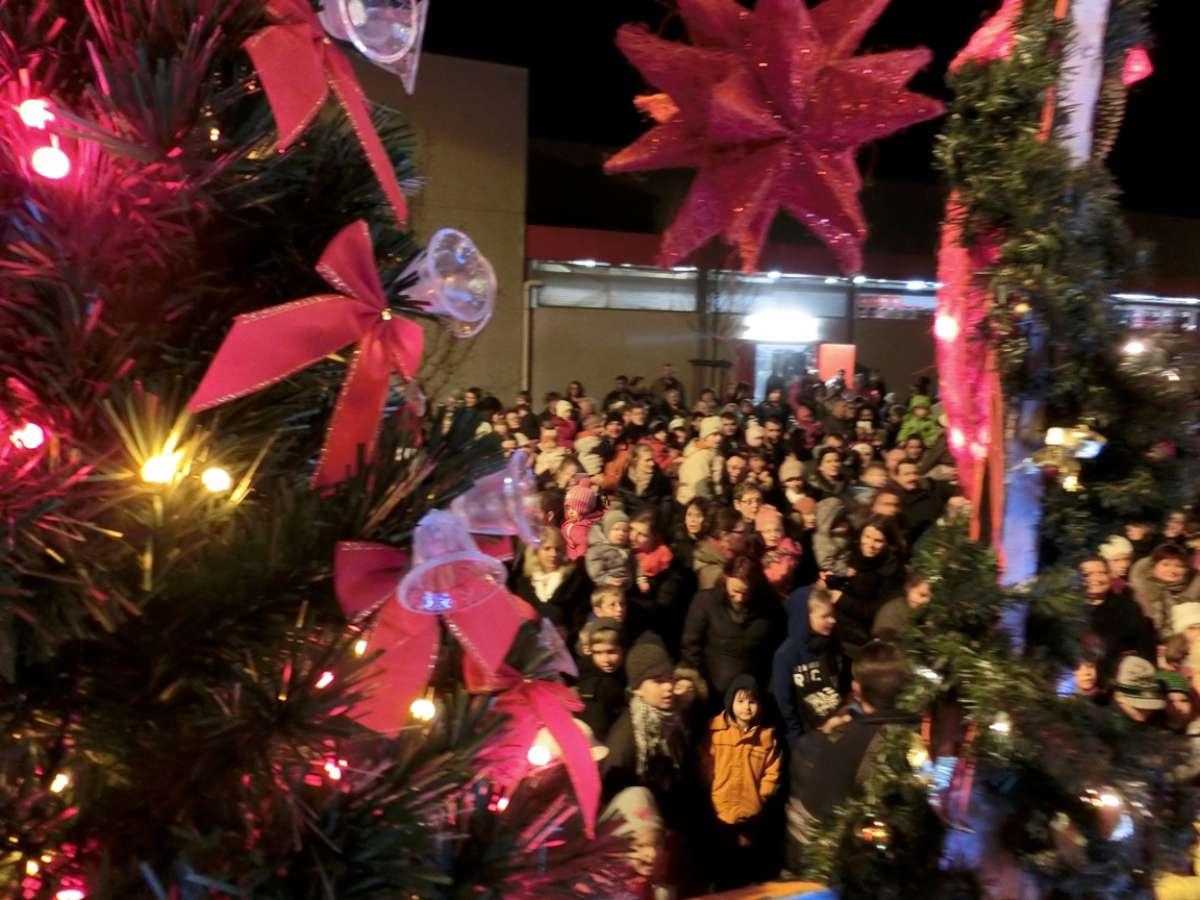 Weihnachts-Express in Lohmar am 10.12.2016 am Kaufland